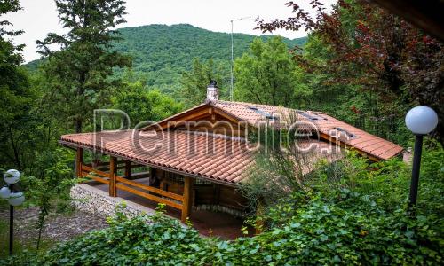 villa / chalet in 1500 bosco 900 metri slm